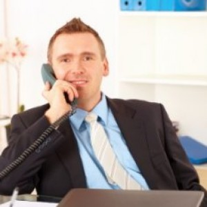 employe-administratif-251